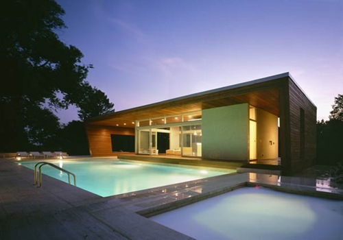 outstanding-swimming-pool-house-design-9
